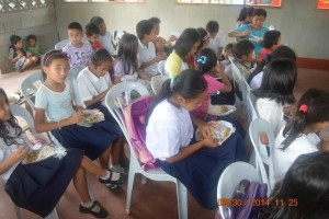 CARMEN FEEDING PROGRAM (3)