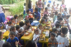 MAGAPALWAY FEEDING PROGRAM(3)