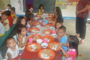 MAGDUG FEEDING PROGRAM (1)